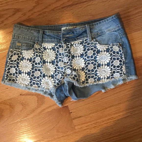 5be94dc29654 Macy's Shorts | Light Denim With White Floral Decal | Poshmark